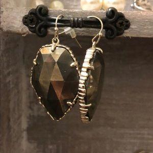 dangle kendra scott earrings